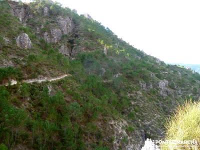 Axarquía- Sierras de Tejeda, Almijara y Alhama; senderistas madrid; excursiones de senderismo
